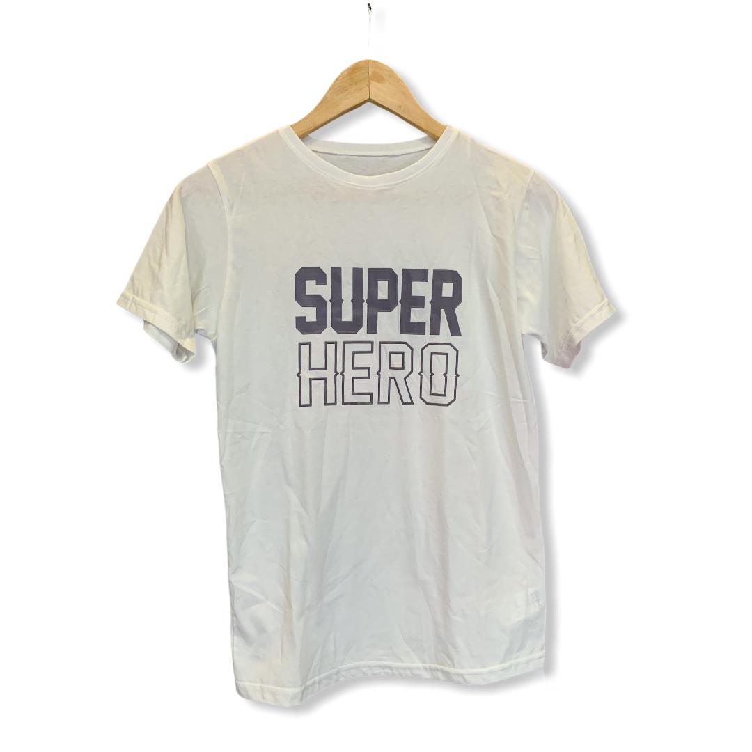 camiseta estampada para niño